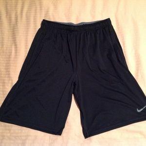 NIke Men's Shorts Dri-Fit Black Size Large NWOT
